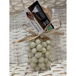 Chocolat enrobé Noisettes-Blanc